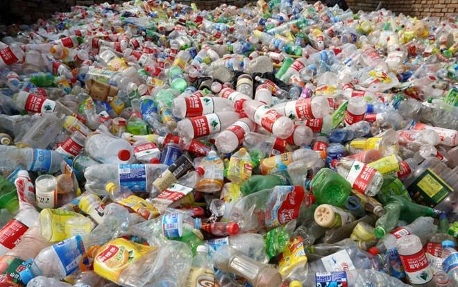 Nhu cầu thu mua nhựa phế liệu tái chế trong những năm gần đây