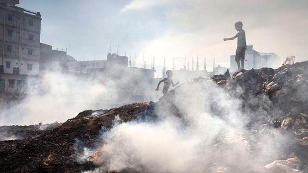 Hình ảnh ô nhiễm môi trường khiến chúng ta phải giật mình